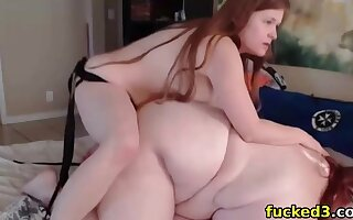 fucking my lesbian fat bbw girlfriend with a strapon