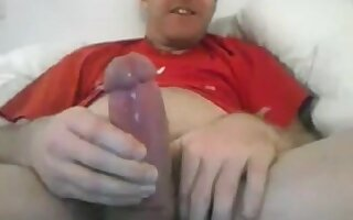 Lusty Str8 Daddy with Fat Cock and Impressive Cumshot