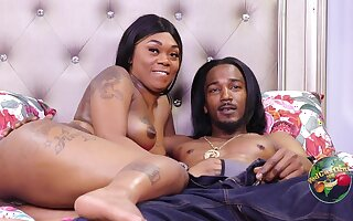 Tattooed sooty mom takes BBC & cum in homemade porn - ghetto lovemaking