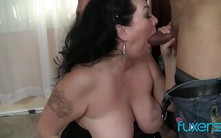 BBW son loves to surrounding tripper